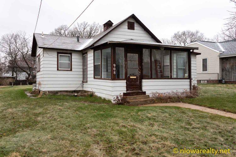 908 N Pennsylvania Ave Mason City