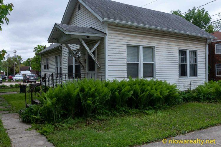 215 – 3rd St. NW Mason City