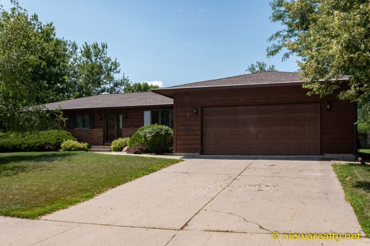 1 Briarstone Court Mason City