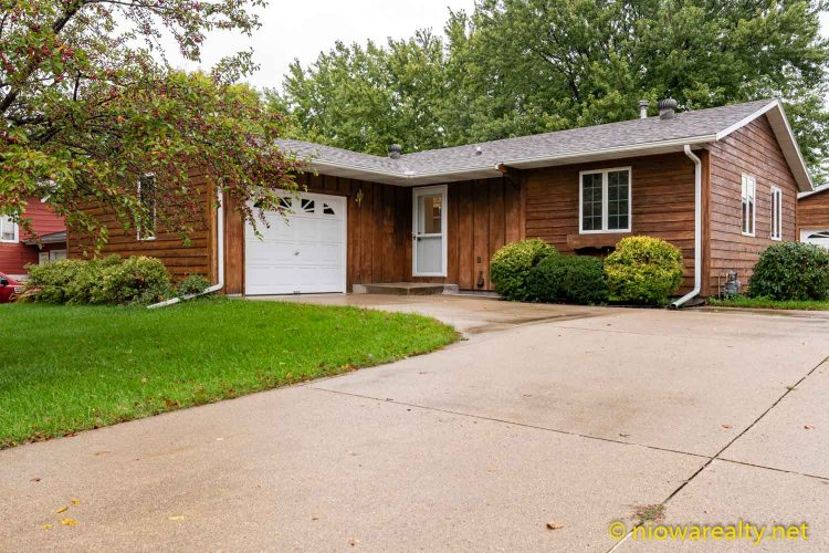 109 Oakridge Drive – Forest City