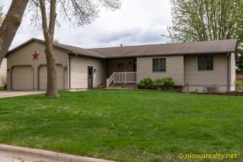 15 Farmstead Square – Mason City