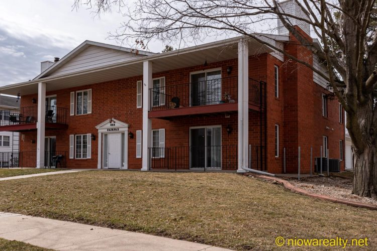 422 S Tennessee Pl #2