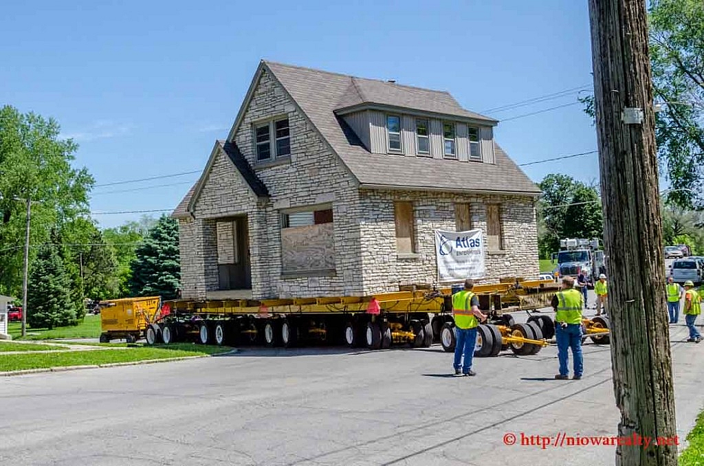 stone-house-move-1