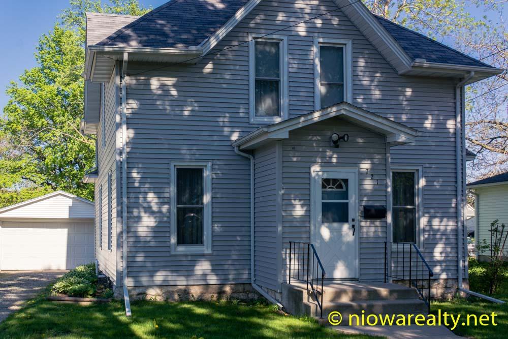 721 N. Delaware Ave-1